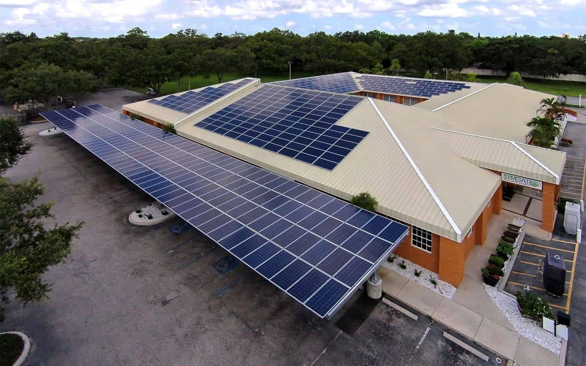 Region Solar Installs 150 kW Rooftop And Carport Project In Florida