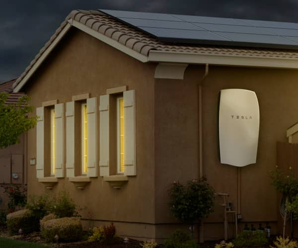 SolarCity Incorporating Tesla Batteries Into A Range Of Energy Storage Systems