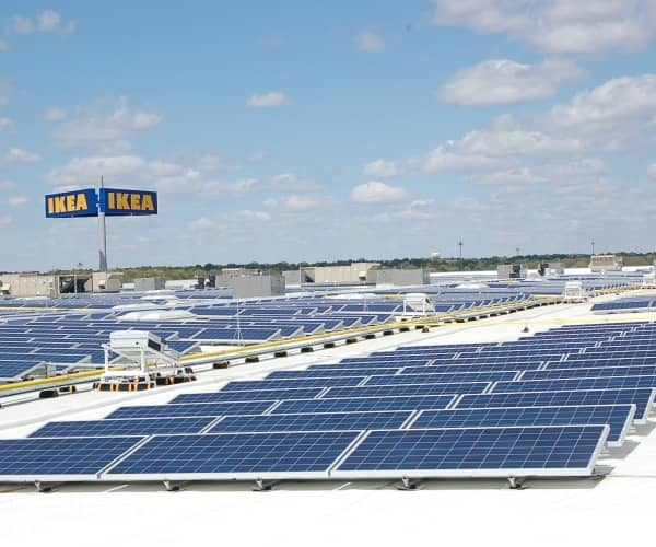15264_solar_panels_atop_ikeacropped IKEA Completes 730 kW Rooftop Solar Array On New Kansas Store