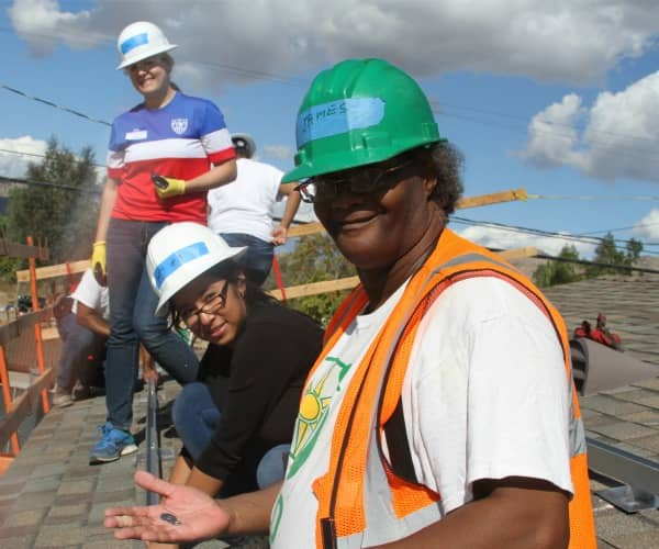 GRID Alternatives Helps High Schoolers Get Their Hands Dirty On Solar Job Sites