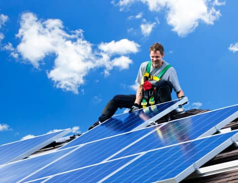 ThinkstockPhotos-114337757 Apparel Company Leads Consortium To Create $35M Residential Rooftop Solar Fund