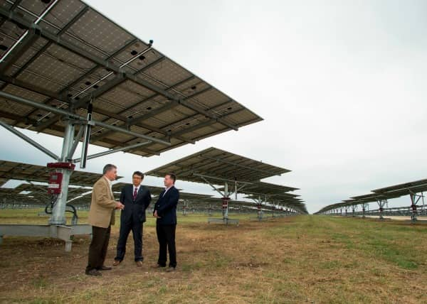 ConEdison-1 Large Dual-Axis Solar Project Goes Online In Texas