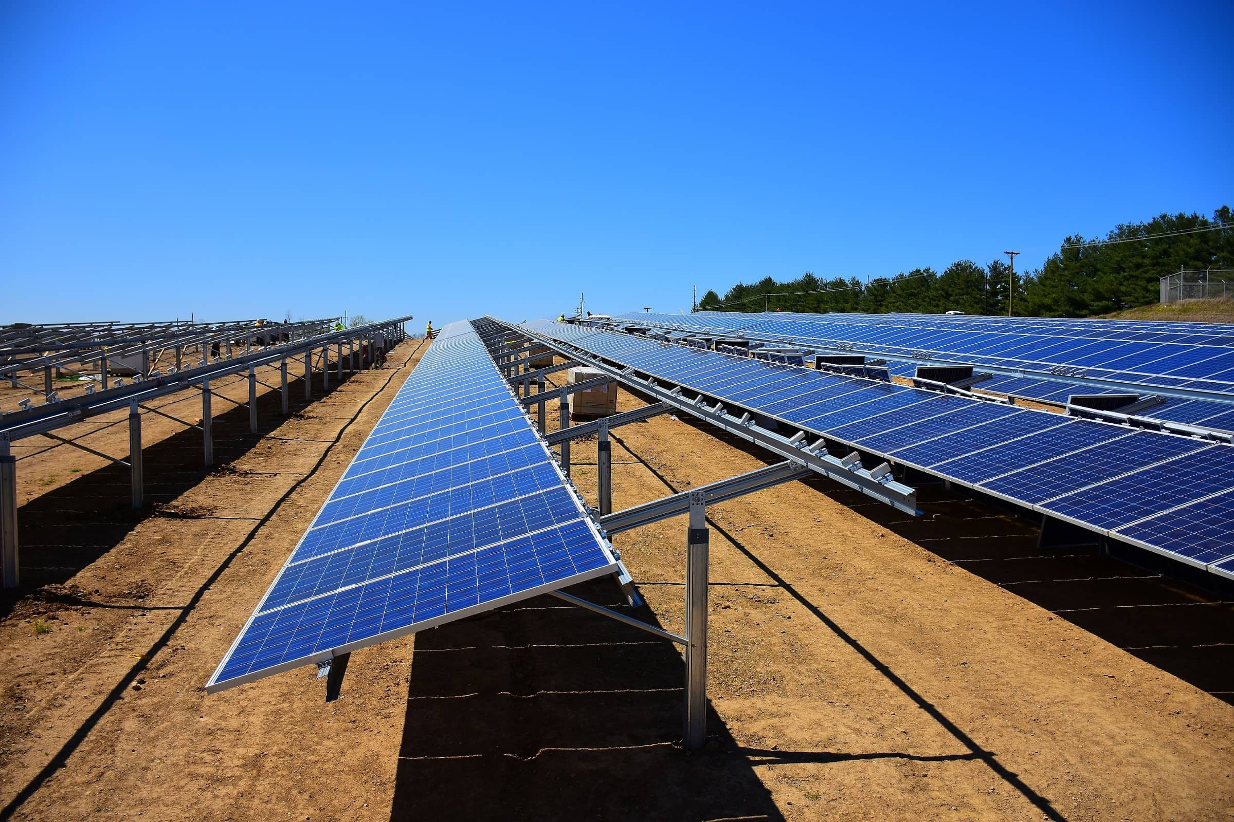 Solar-facility-construction-2 Utilities Unveil Solar Project At Multi-Power Site In Kentucky