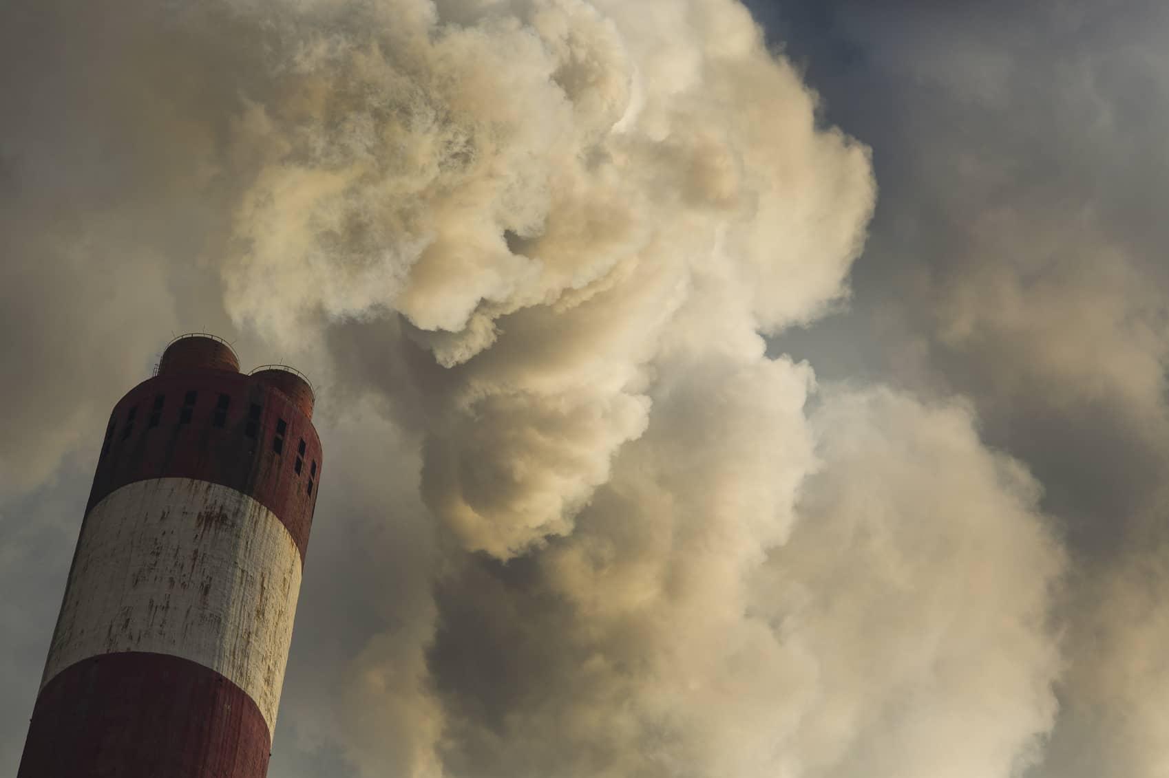 iStock_000051407196_Medium1 Poll: Voters In Four States Suing Over CPP Actually Support The Climate Initiative