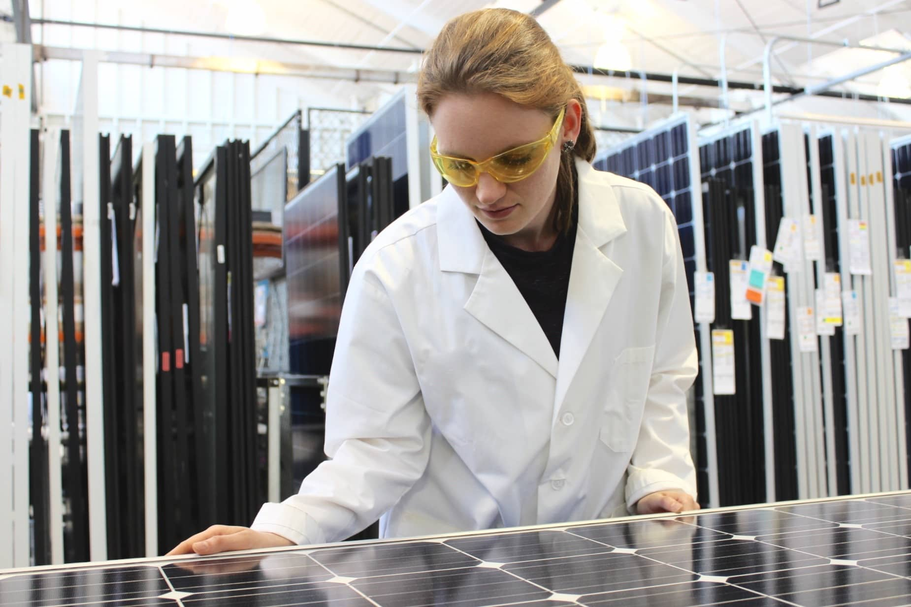 DNV-GL DNV GL Puts Solar Modules To The Test, Offers Reliability Scorecard