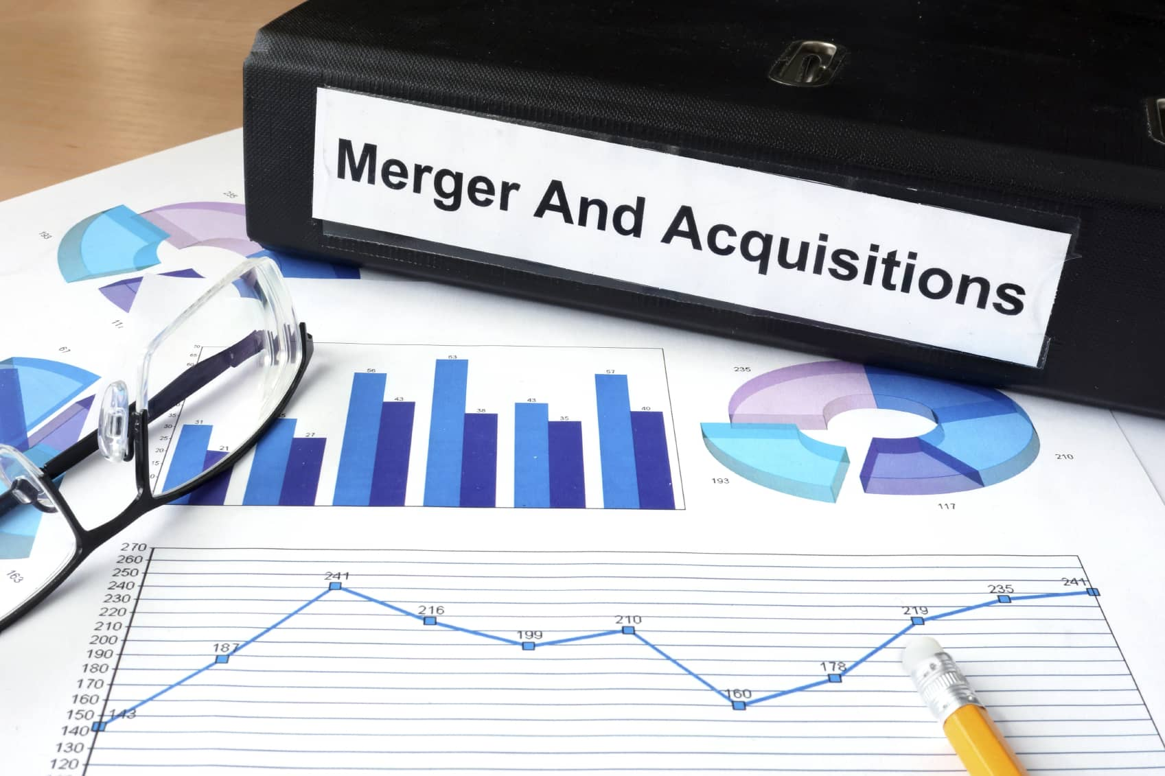 iStock_000063700335_Medium1 Total Proposes Acquisition Of Battery Developer Saft