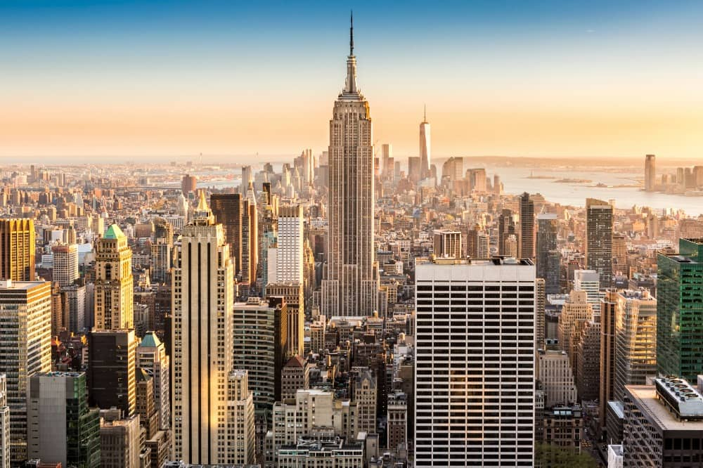 iStock_000064226463_Medium To Expand Clean Energy, New York Reforms Utility Regulations