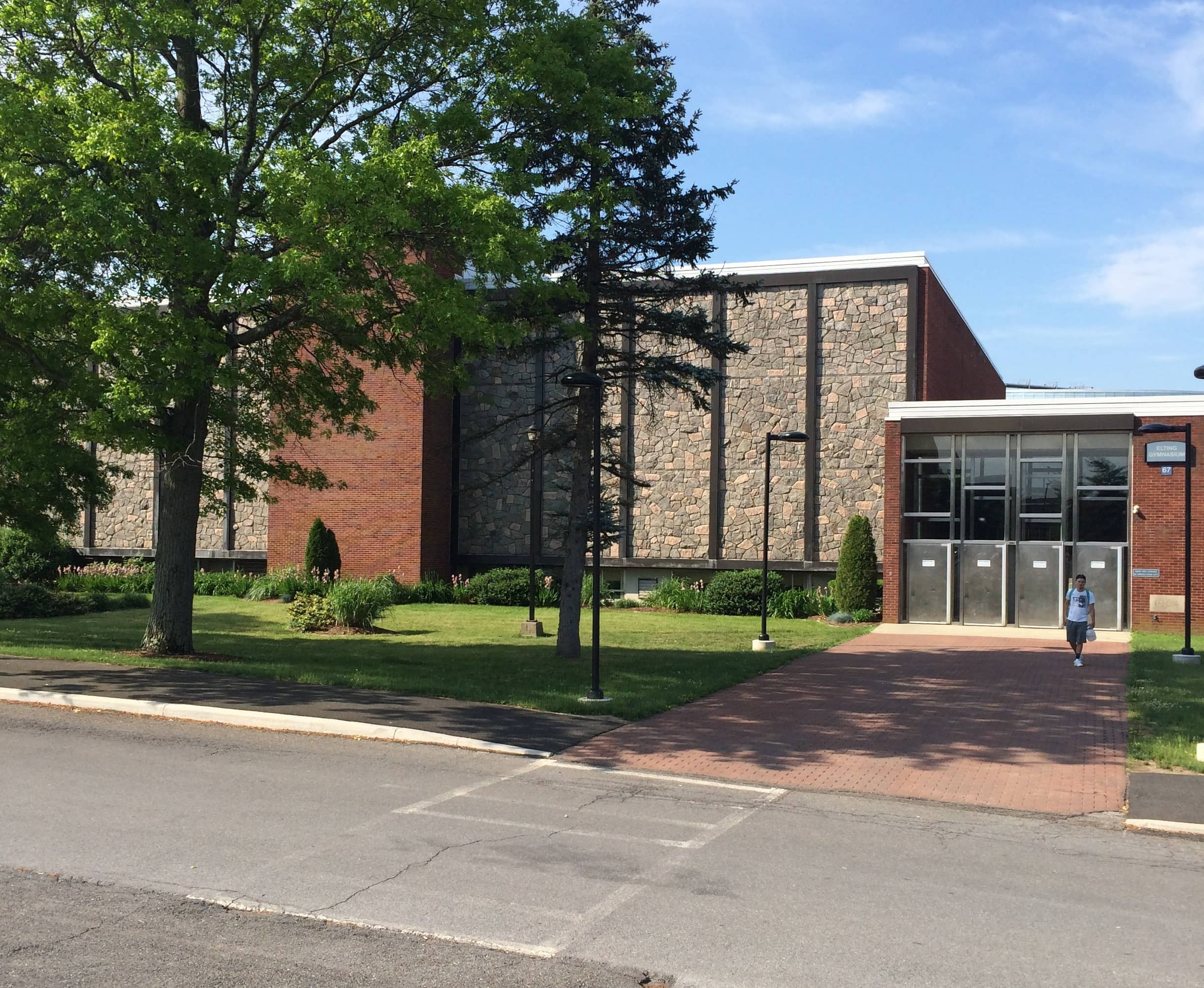 Etling-Gymnasium Solar Microgrid Project Receives Top Grade At New York College Campus