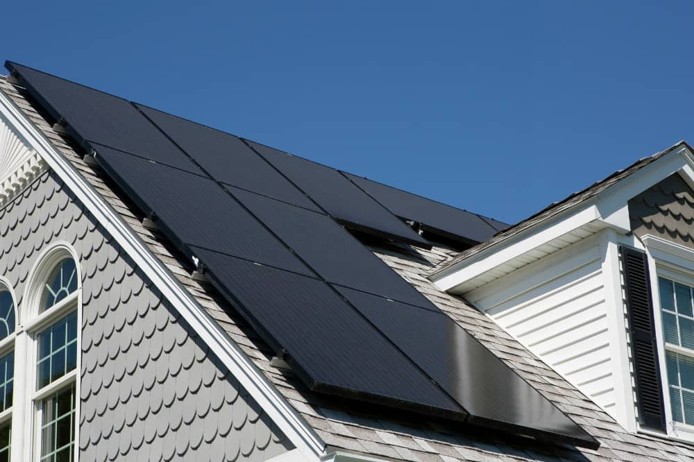 iStock_000067159829_Medium SolarCity Launches New Loan Program In 14 States
