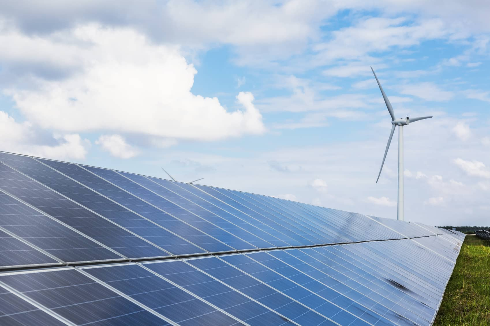 iStock_000088401917_Medium 2015: A Record Year For Renewable Energy With 'Remarkable' Results