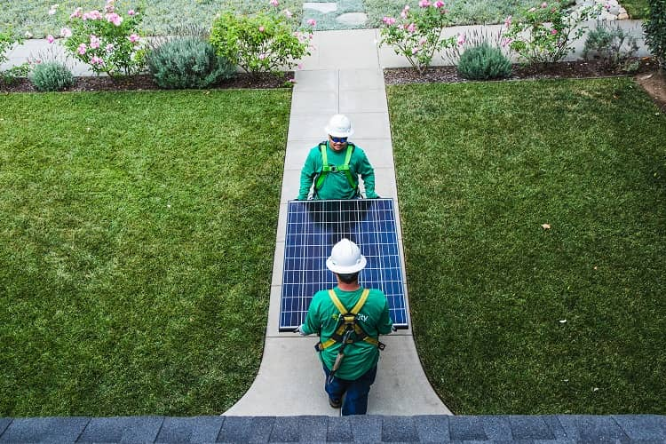 SimpleSwitch2-1407 SolarCity Raises $345 Million To Finance New Projects