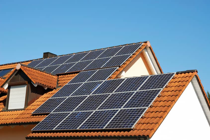 iStock_11220558_SMALL Greenbacker Acquires Majority Of 12.1 MW Rooftop Solar Portfolio