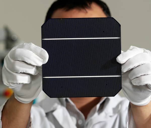 iStock_13215188_SMALL Some Key Tech And Material Trends Of Solar PV Modules