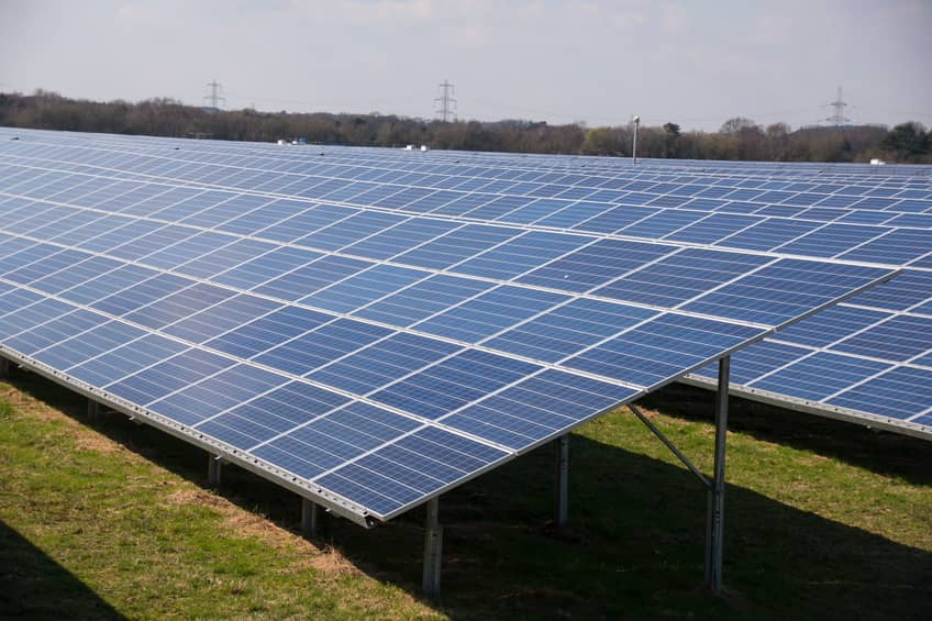 iStock_62190844_SMALL1 BayWa Teams Up With Geenex On 350 MW Of Southern Solar
