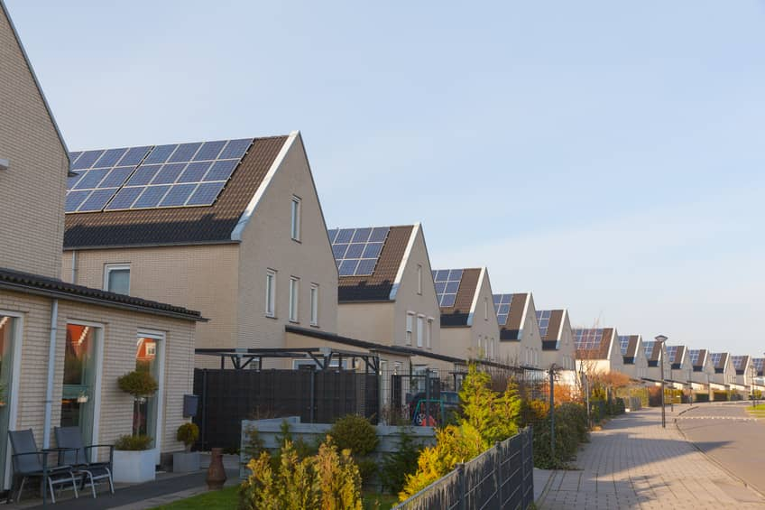 iStock_88040571_SMALL Labs Offer Tips For Adding Rooftop Solar Into Utility Planning