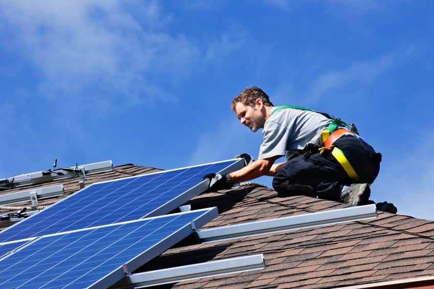 iStock_14433431_SMALL LADWP Launches Low-Income Rooftop Solar Program