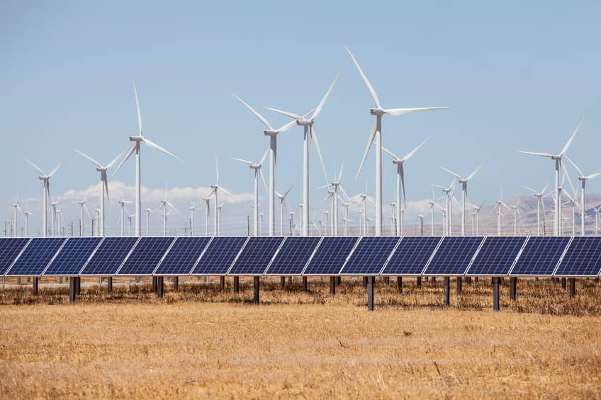 iStock_68986289_SMALL1 UN Report: Cheaper Renewables Offered 'More Bang For The Buck' In 2016
