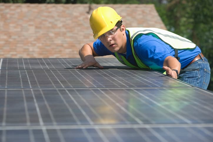 iStock-477438783 The Battle Continues For The Future Of Residential Solar