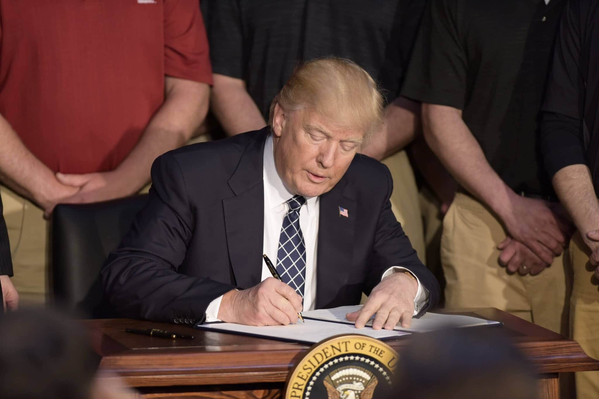 trump-2 Trump Executive Order Takes Aim At Clean Power Plan