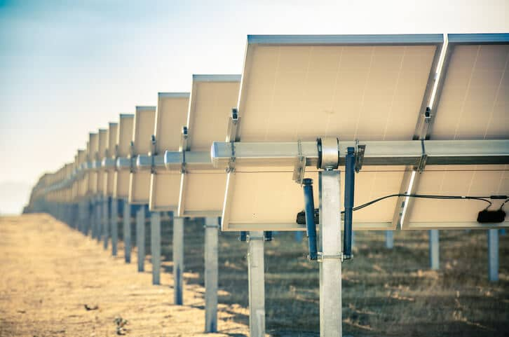 iStock-5162811091 EIA Examines Use Of Solar Trackers Among U.S. Projects