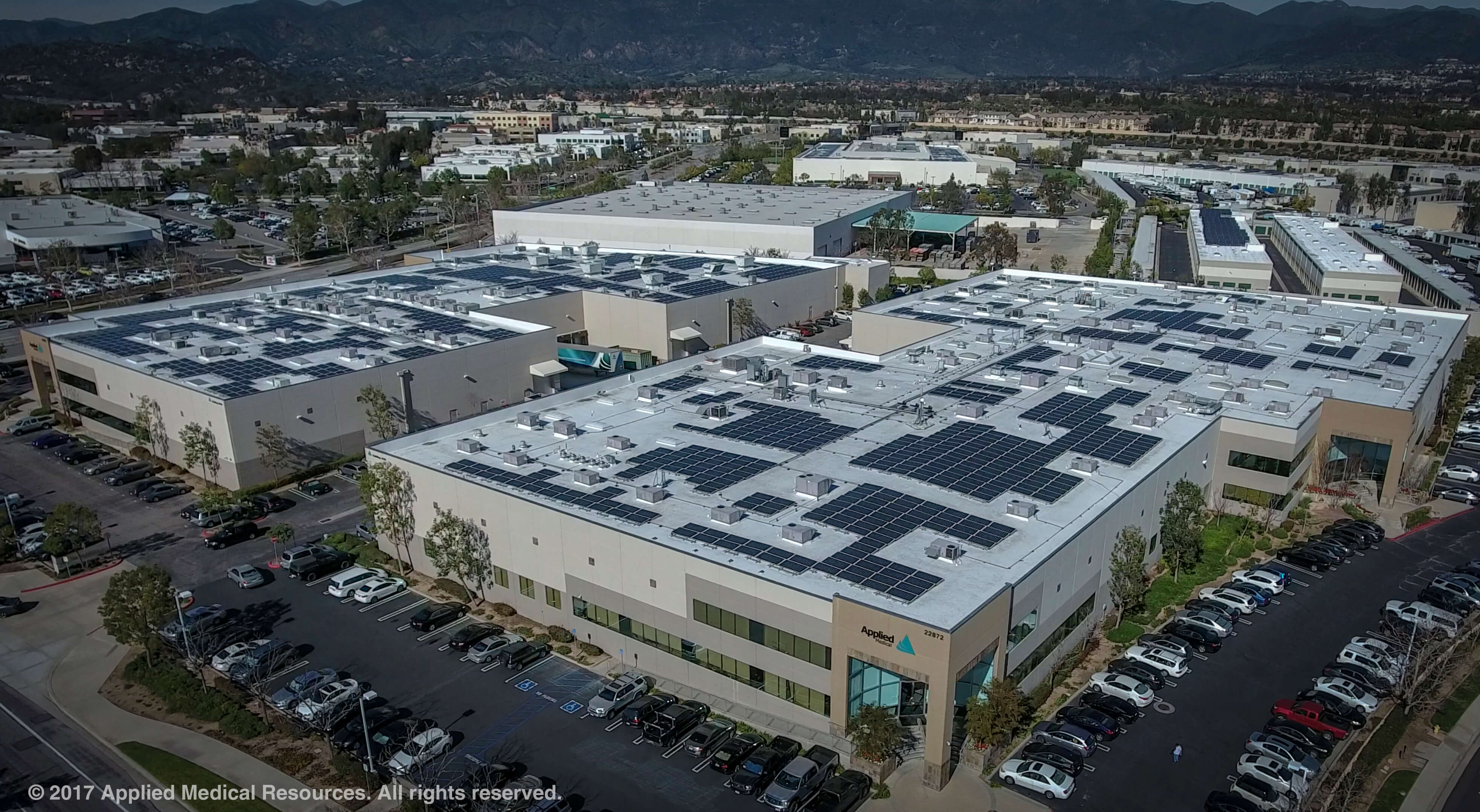 Applied_Medical_Solar_Panels Applied Medical Powers HQ With Nearly 3 MW Of Solar