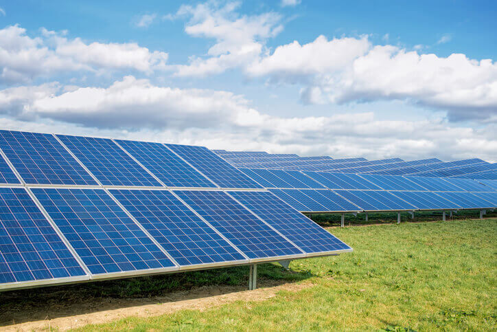 solar-farm Lux Forecasts Cumulative PV Installations Will Double By 2021