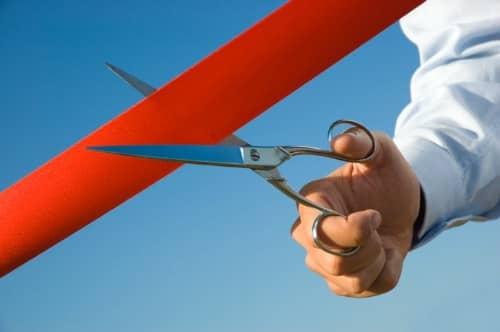ribbon-cutting L.A. Port Adds 1.2 MW Solar Project Under City's FIT Program