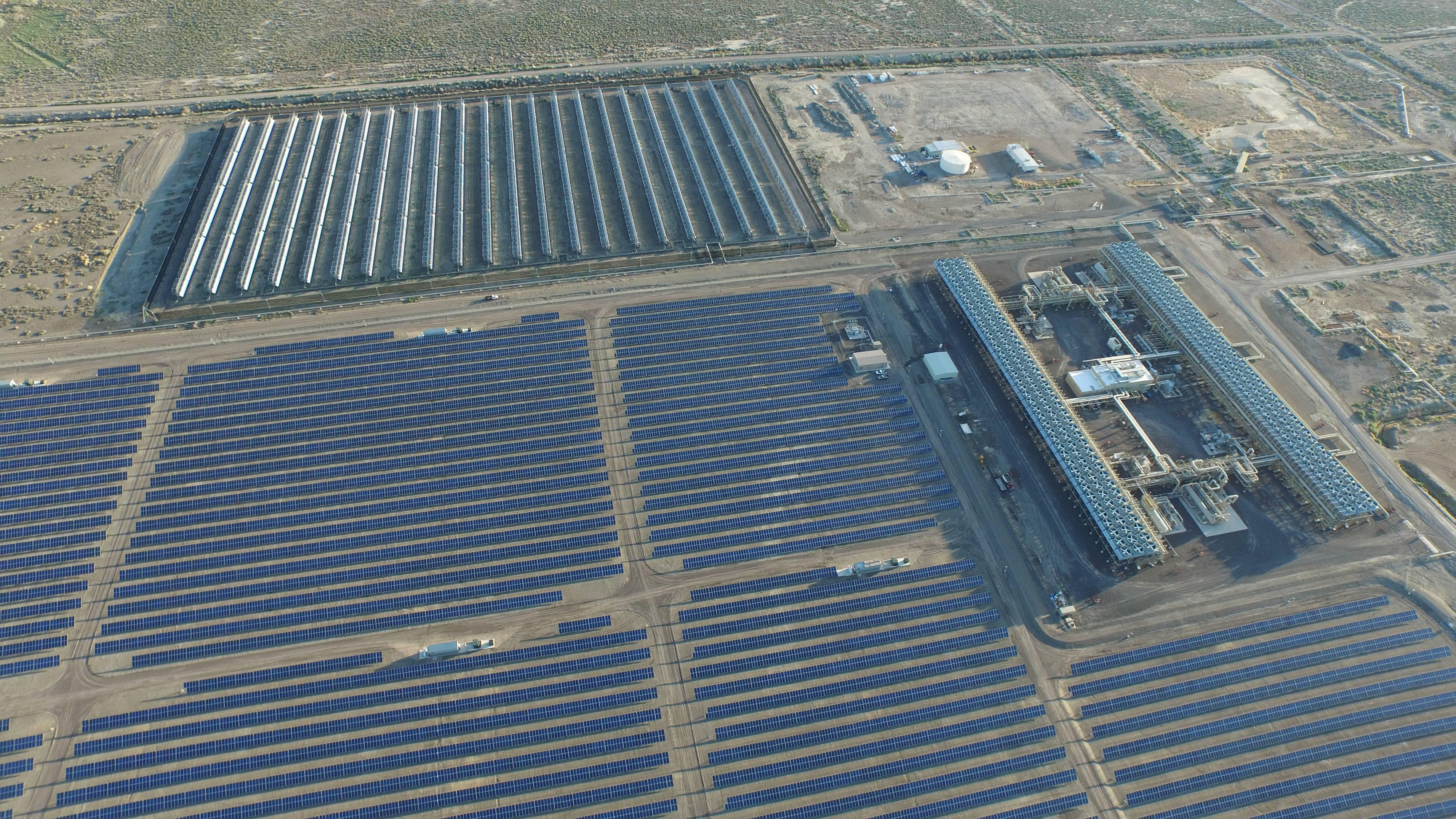 EGP-3 Officials Celebrate Hybrid Geothermal-Solar Power Plant