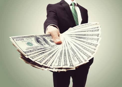 ThinkstockPhotos-4761969831 Report: Off-Grid Solar Market Represents $3 Billion Opportunity For Investors