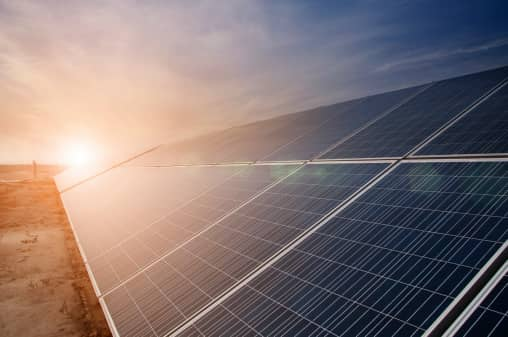 essays on solar energy Keywords: solar power essay, solar energy essay due to the predicted shortage of fossil fuels and other non-renewable energy sources, research is now looking at alternatives these alternatives are known as renewable energy.