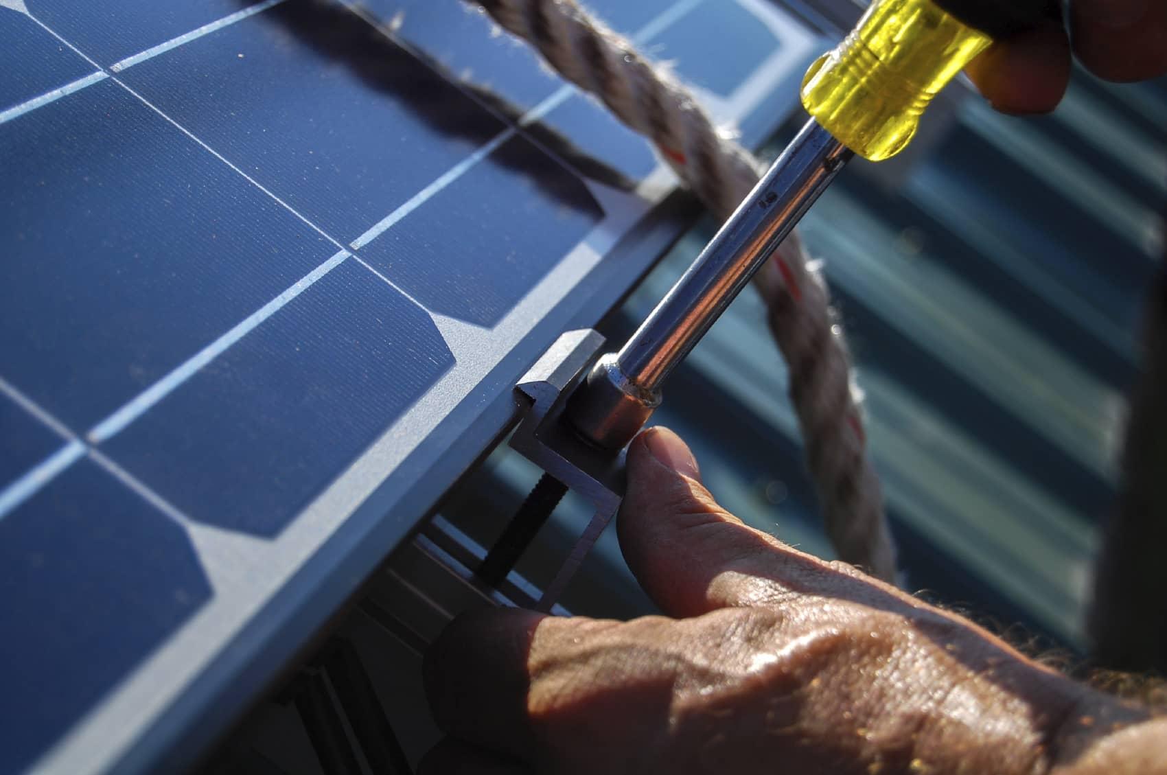 iStock_000030650940_Medium SolarCity, Balfour Beatty Communities Bring Solar To Navy Bases