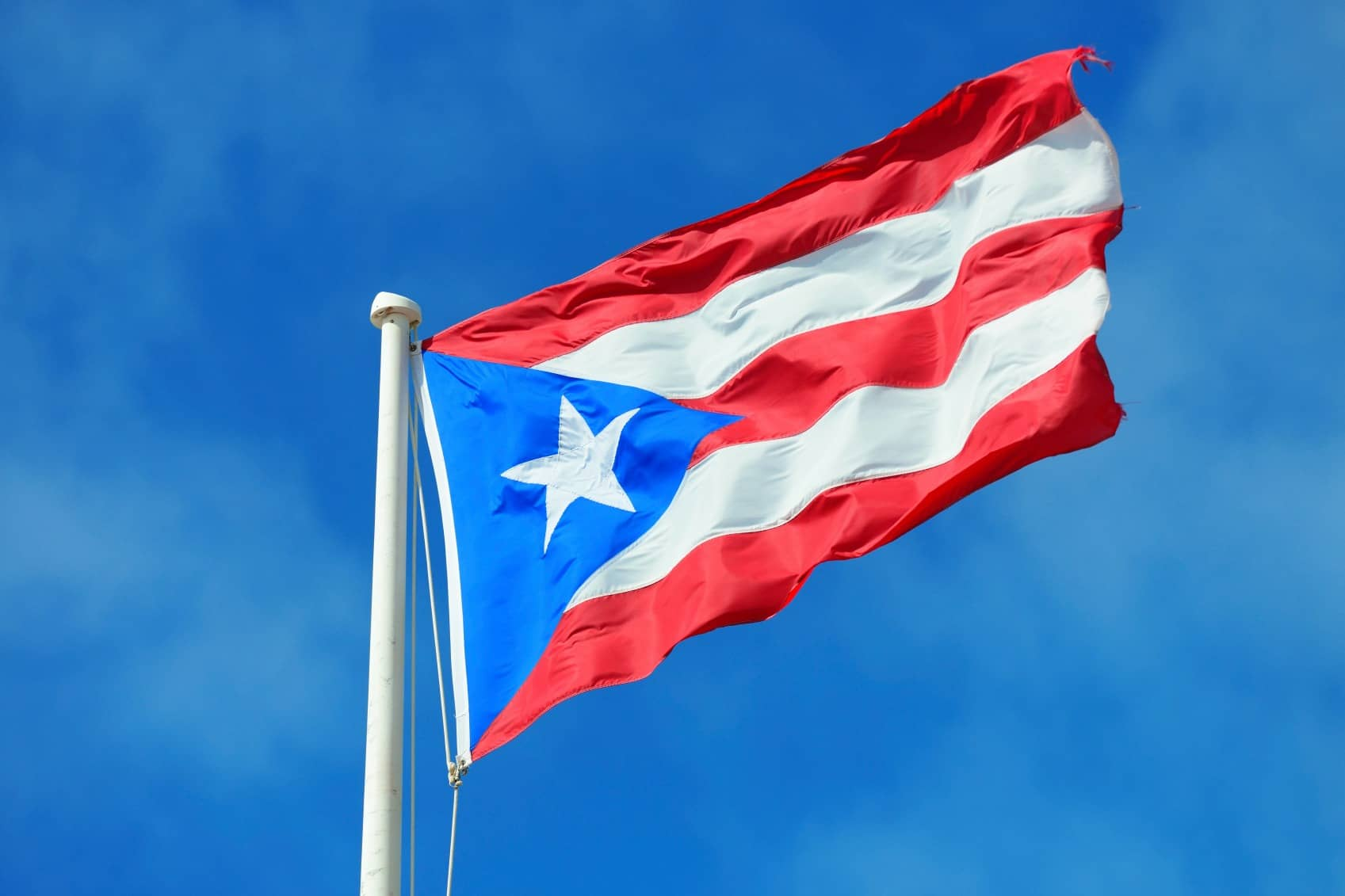 iStock_000032163630_Medium Private Academy In Puerto Rico Goes Solar