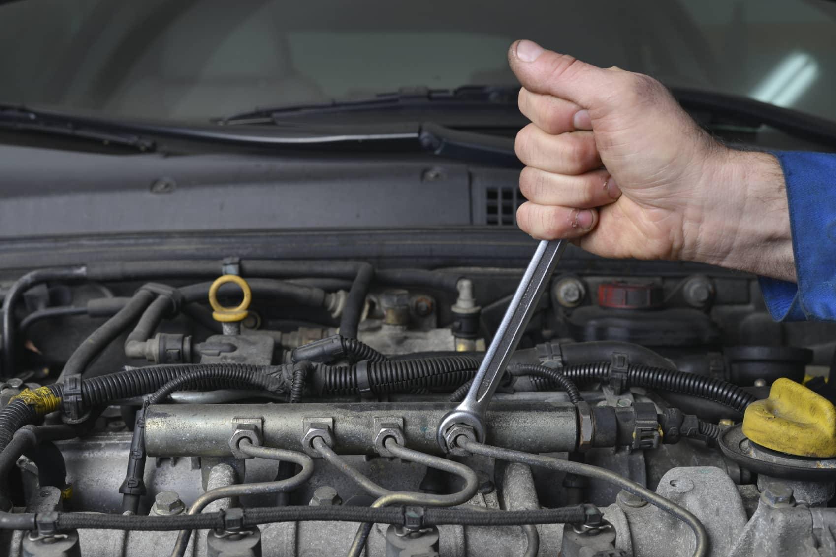 iStock_000034561312_Medium New Jersey Installer Helps Auto Repair Business Go Solar