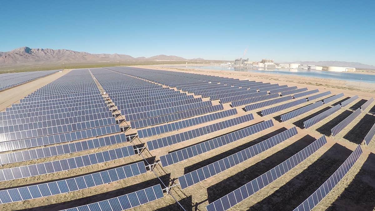 El-Paso-Electric El Paso Electric Goes Coal-Free, Embraces Solar