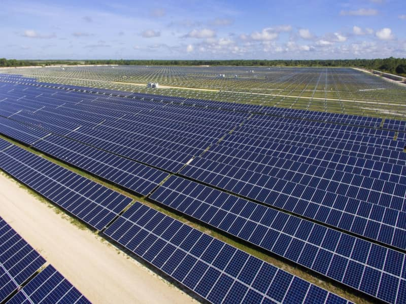 Florida Power U0026 Light Co. (FPL) Says It Has Installed Its 500,000th Solar  Panel For The Year U2013 Which Marks The Electric Utilityu0027s Halfway Mark To A  Goal Of ...