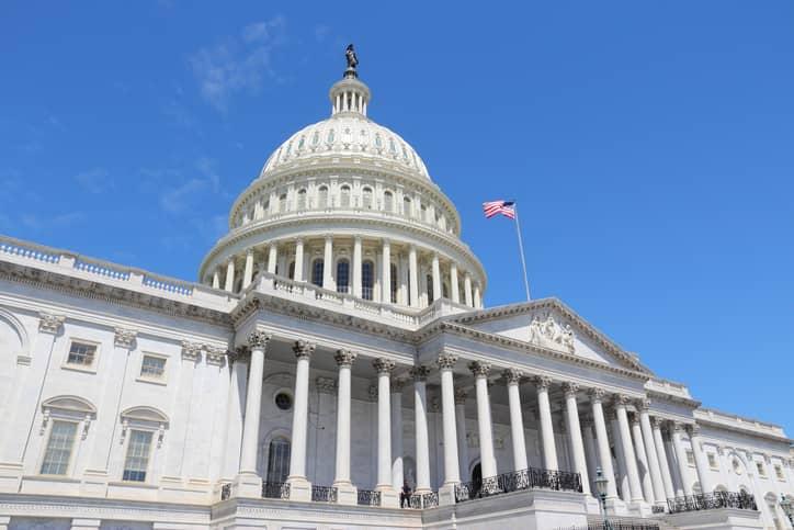 iStock-491753396 U.S. Senators Call For National 100% Clean Energy Goal