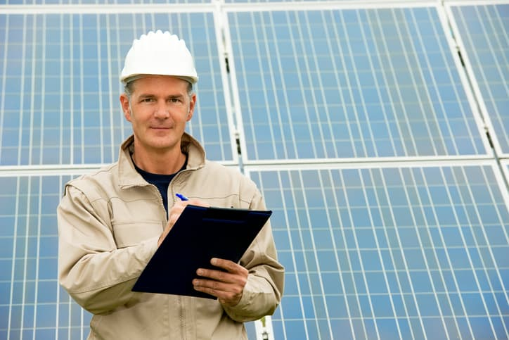 iStock-153589816 Government-Backed Program Appoints Solar Advisors For U.S. Communities