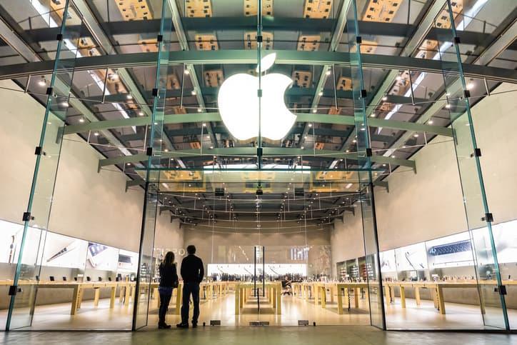 iStock-4685379221 Tech Giant Apple Enters Nevada Solar Agreement