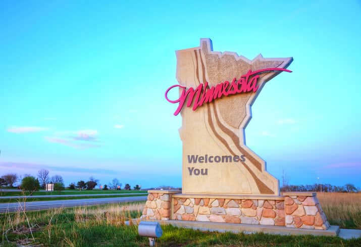 iStock-508789795 Minnesota Gov. Vetoes Bill That Would Have Hurt Solar Growth