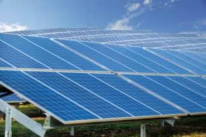 iStock-512630220-300x200 Minnesota Museum, University Sign Up For Community Solar