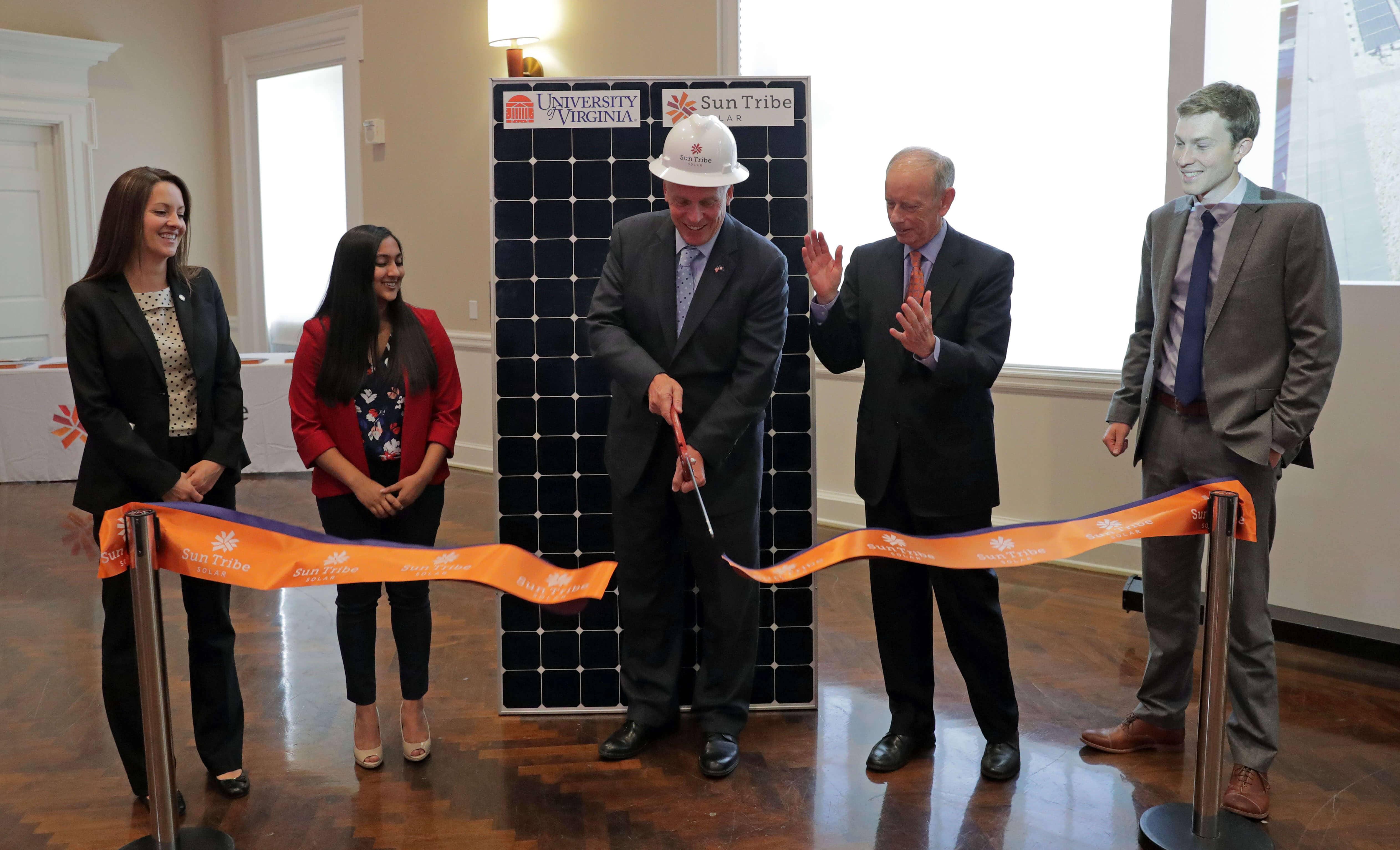 Virginia University Of Virginia Solar Project Turns Library Into 'Living Laboratory'