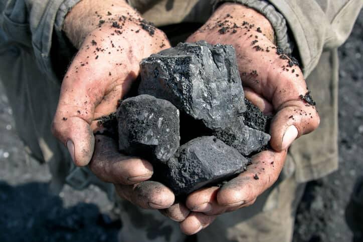 iStock-5191317181 Kentucky Coal Company Plans Large Solar Project
